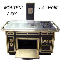 Le Petit Gastronome als Inselgerät - Farbe: Schwarz/Messing. Bestückung: 2 offene Brenner 1 x 5,8KW,  1 x 9,3KW. 1 x Glühplatte 10,5KW, 860 x 500mm. 1 x Elekrobratofen 7KW/400V, 540x310x700mm, (passend für 2x1/1GN oder 1x2/1 GN) die Ober und Unterhitze ist seperat von 50 bis 300 °C regelbar. Maße: 1350/1560 x 800/100 x 850mm. Der Listenpreis des Gerätes liegt bei Netto ca. 36.000,-€